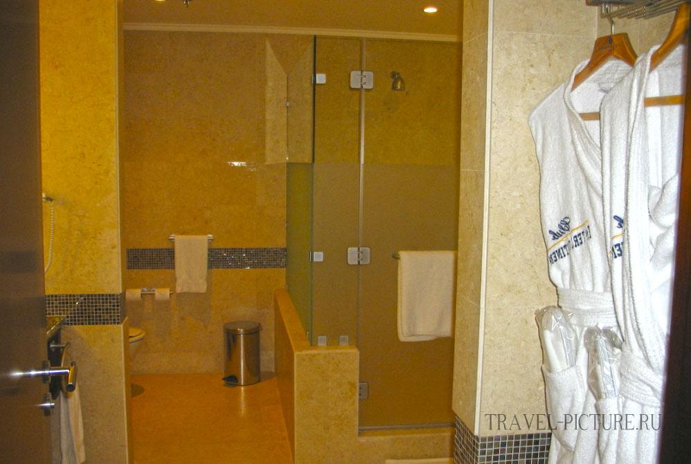 Ванна в номере INTERCONTINENTAL AQAB
