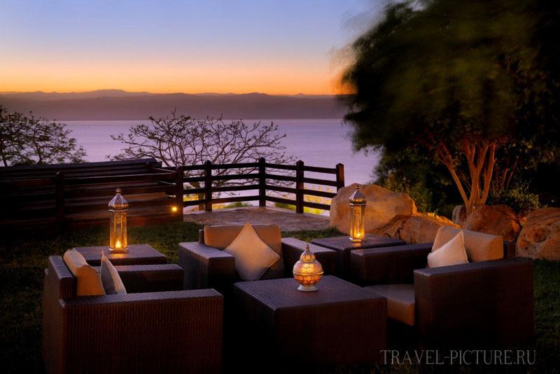 Вечер на веранде отеля Jordan Valley Marriott Resort 5*