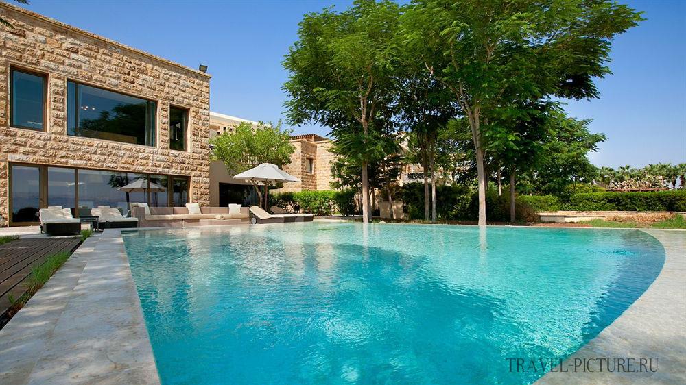Бассейн в отеле Kempinski Hotel Ishtar Dead Sea 5*