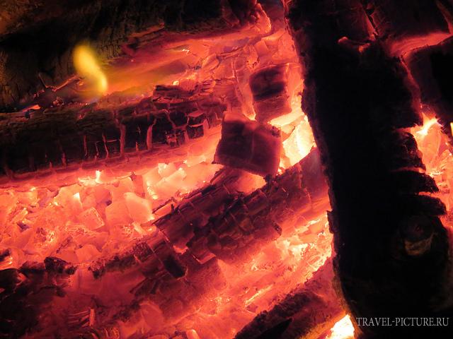 как жарить шашлык на углях