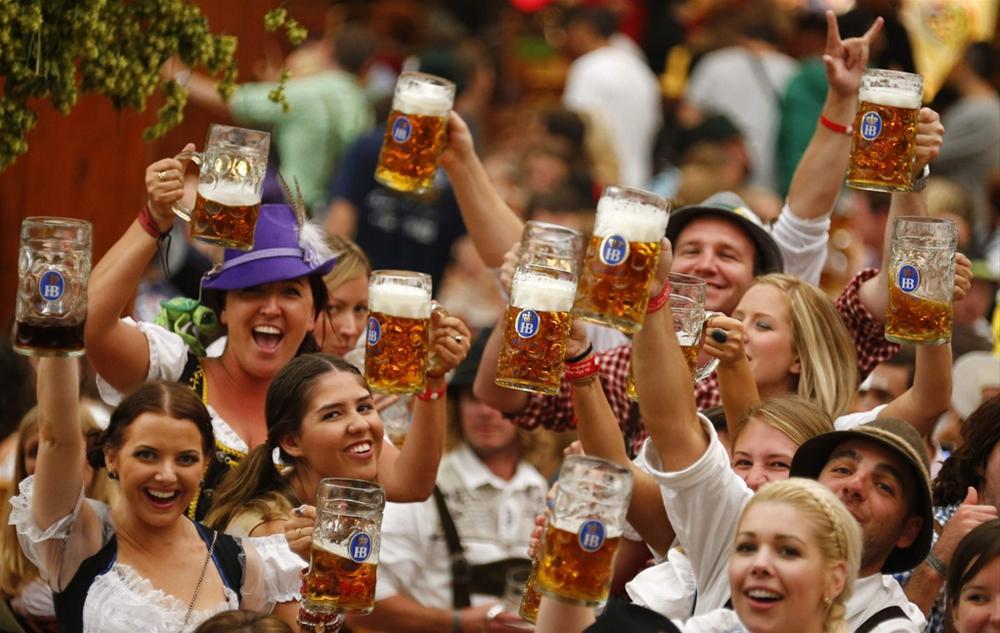 оргия на пивном фестивале