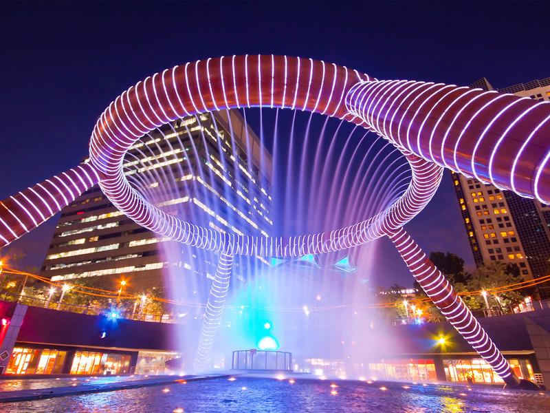 самый уникальный фонтан мира Фонтан богатства