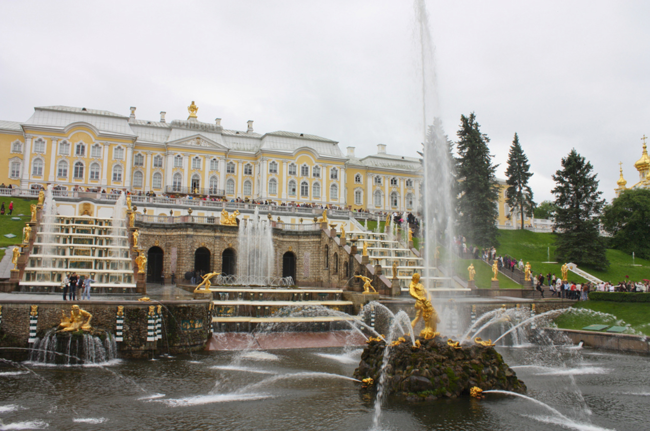 фонтан Петергофа