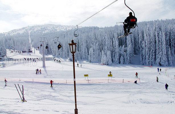 Горнолыжный курорт Копаоник в Сербии открывает сезон катания на горных лыжах