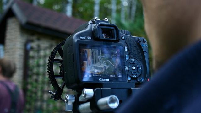 тестирование зеркального фотоаппарата при покупке том