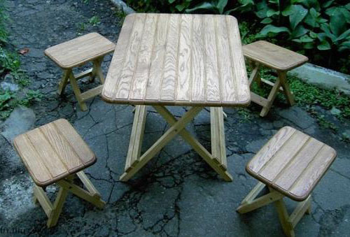 Набор столика и стульев для пикника на природе