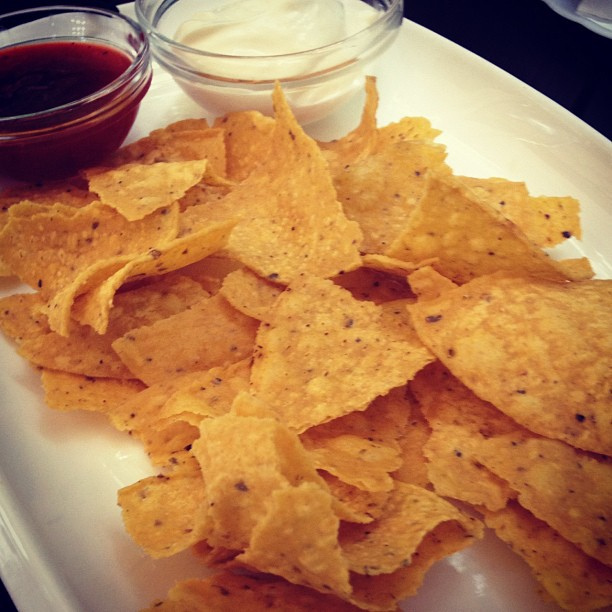Начос – чипсы из тортильи с различными добавками, закуска из мексиканской кухни