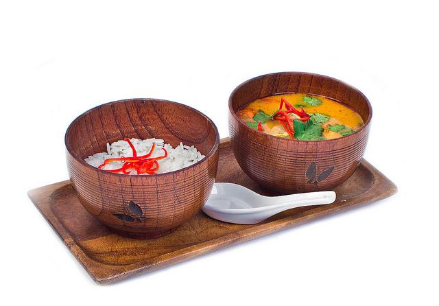 рис для удаления пикантности супа Том Ям Кунг