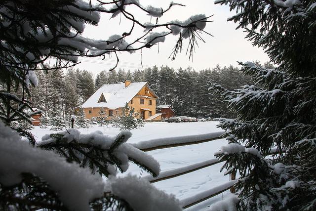 где можно недорого отдохнуть зимой