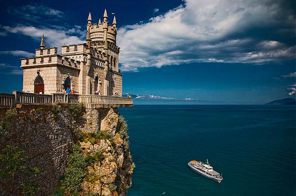 где отдохнуть в Крыму недорого