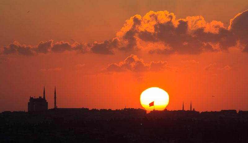 Вид на закате с галатской башни
