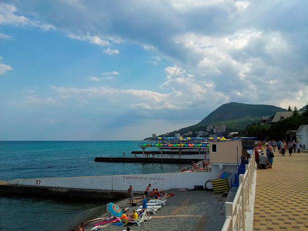 Пляжи Алушты, отзыв о побережье и отелях с собственным пляжем