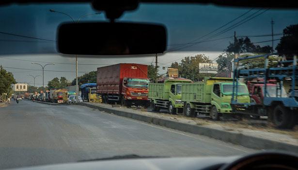 пробки в Индонезии