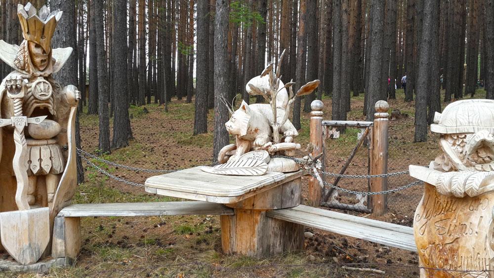 Конкурс деревянных скульптур Лукоморье прошел в селе Саватеевка
