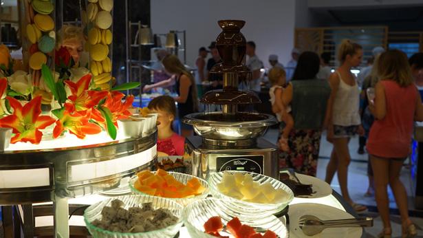 Питание в отеле Dessole Нячанг