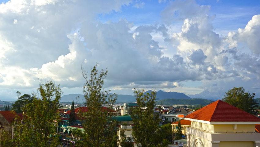 закат во Вьетнаме в горах
