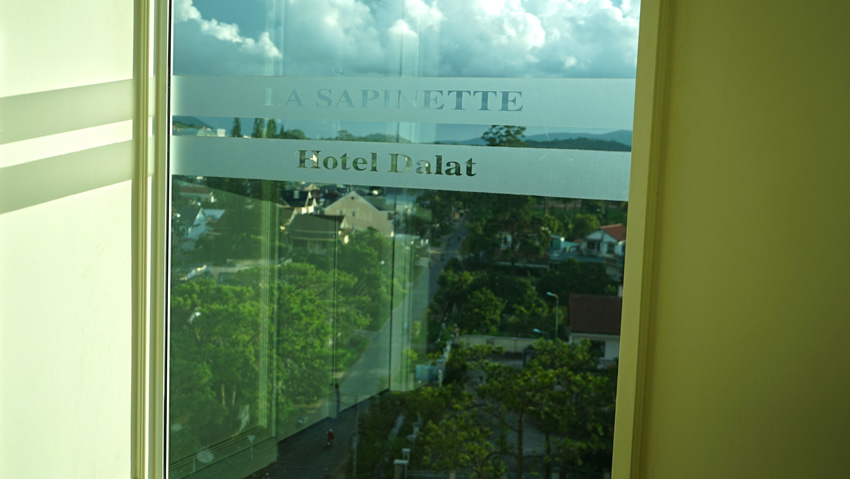 Отель La Sapinette в Далате или где в Далате остановиться
