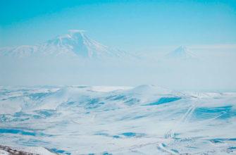 гора аррарат зимой