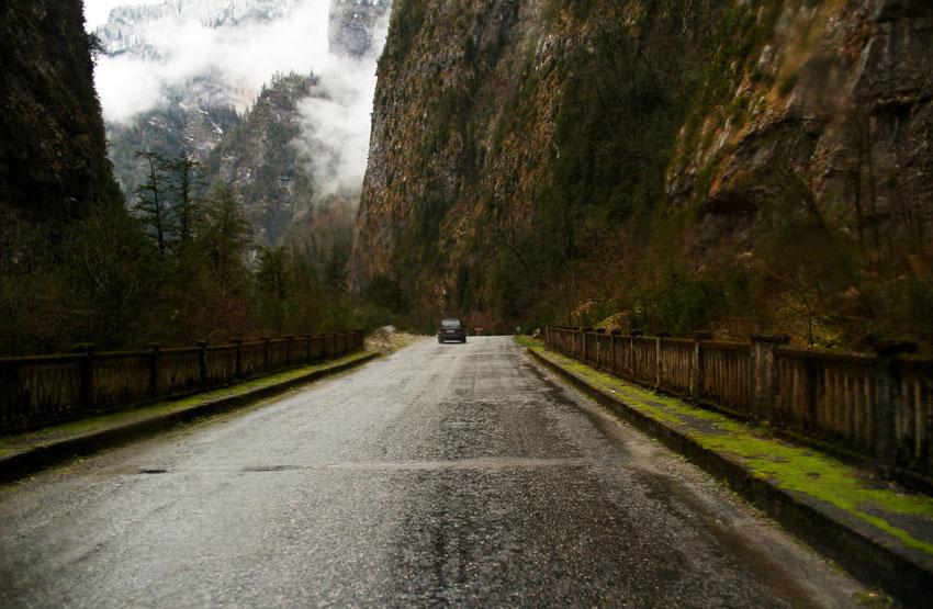 Фото дороги к водопаду