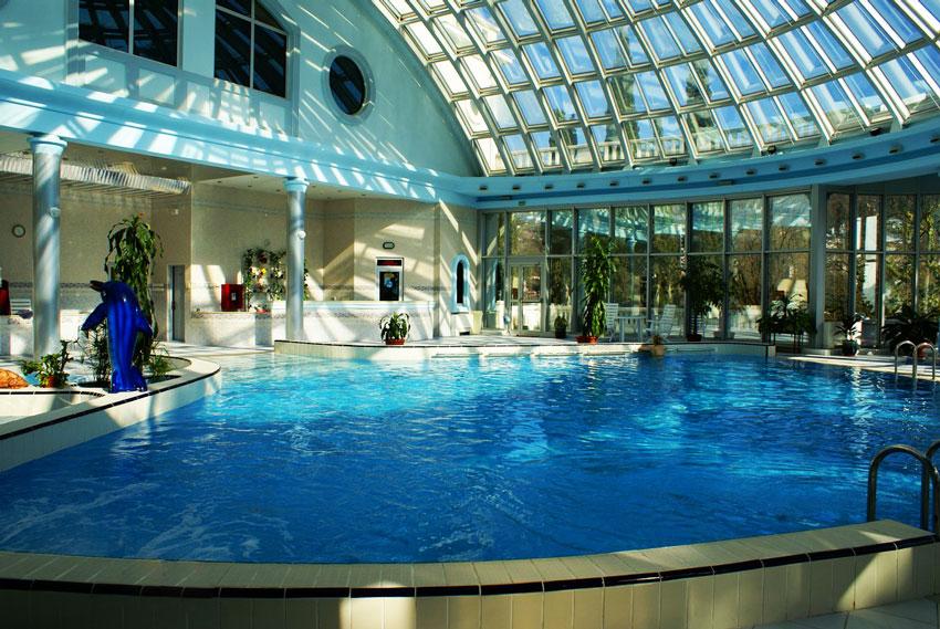 гостиницы в сочи с бассейном