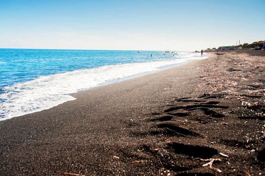 пляжи Греции с песком