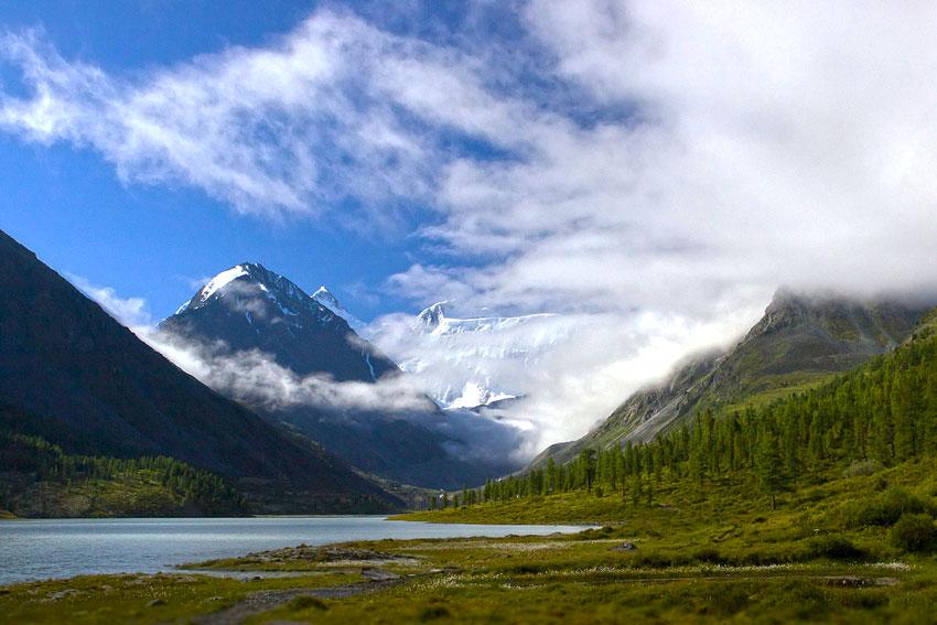 Озеро Аккемское на Алтае