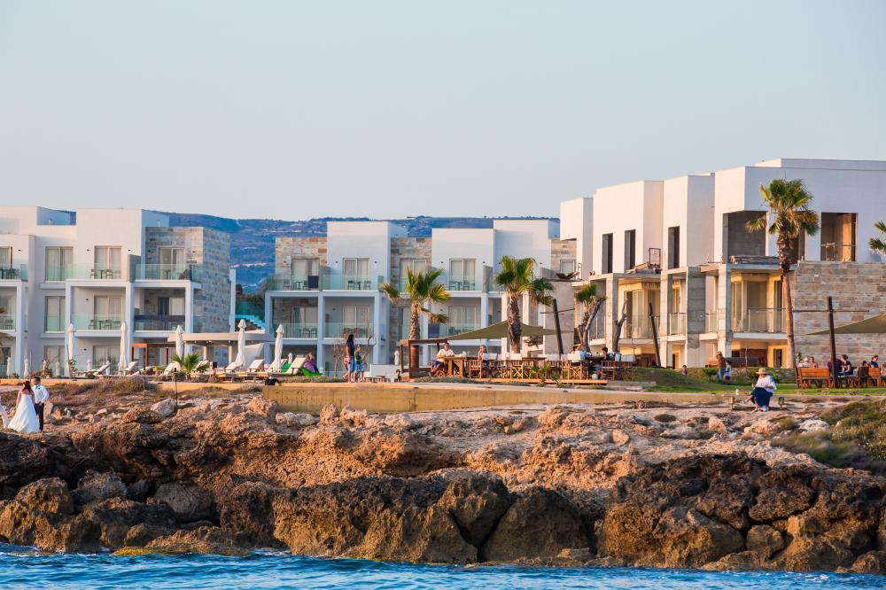 Отели с собственным пляжем на Кипре, цены и описание