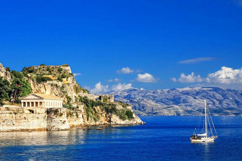 Где отдохнуть в Греции в сентябре