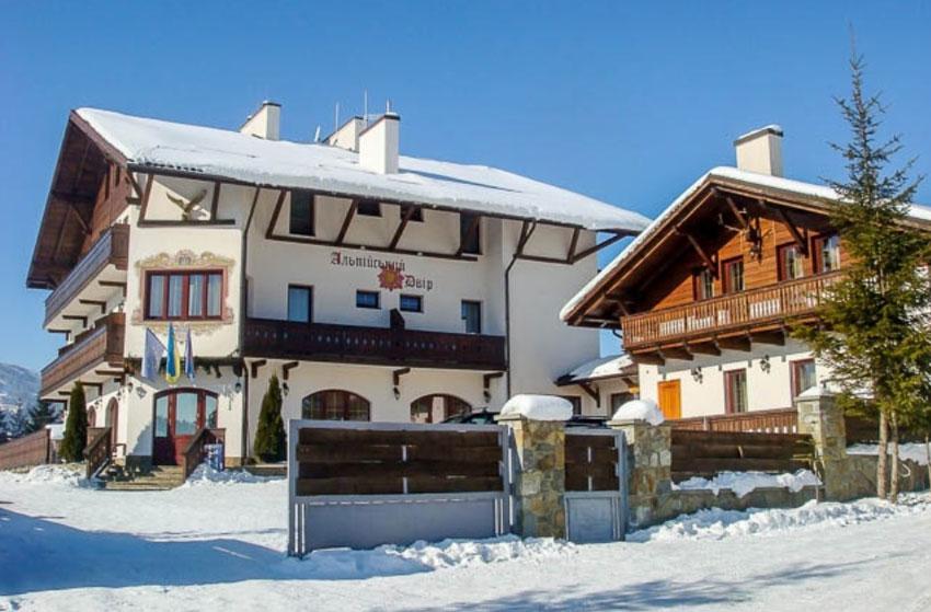 альпийский дворик