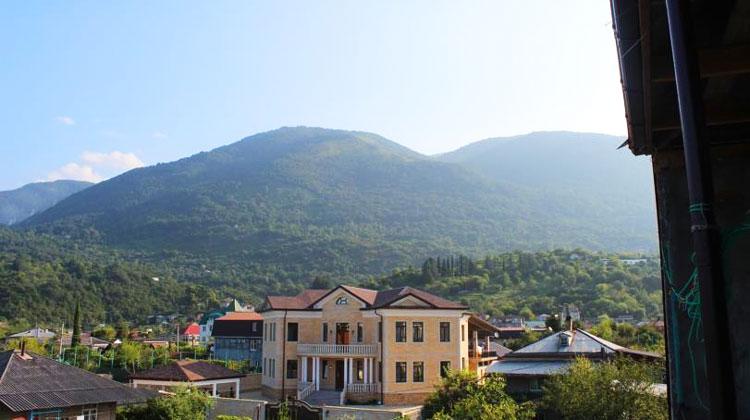 жилье в Абхазии зимой