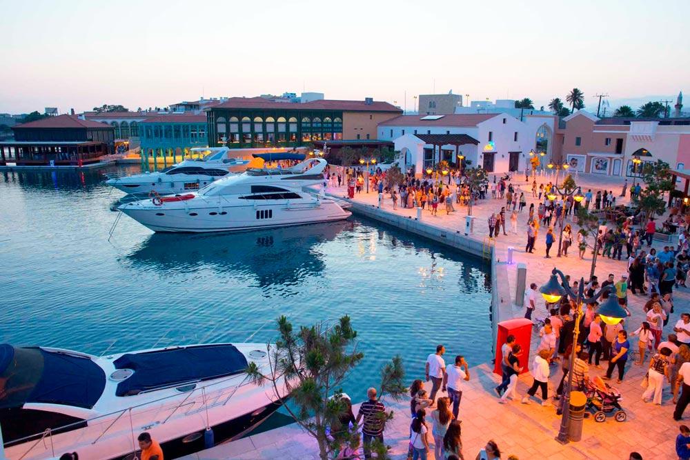 где потусить на Кипре