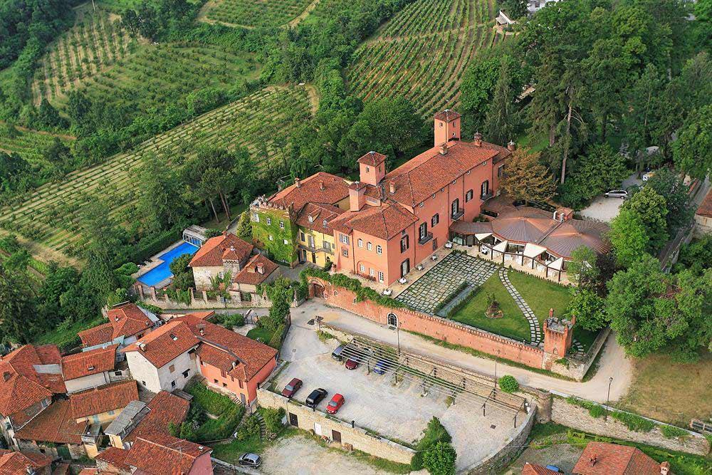 забронировать отель в Италии