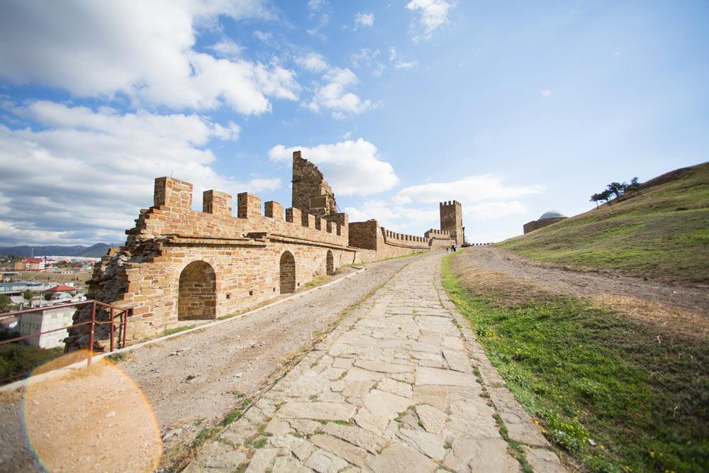 Лучшие курорты Крыма для молодежи