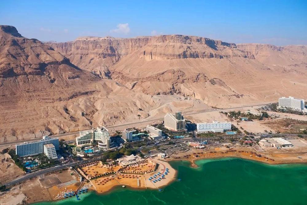 Изображение побережья Мертвого моря