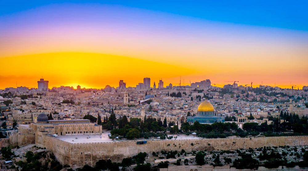 Фото Иерусалима вечером