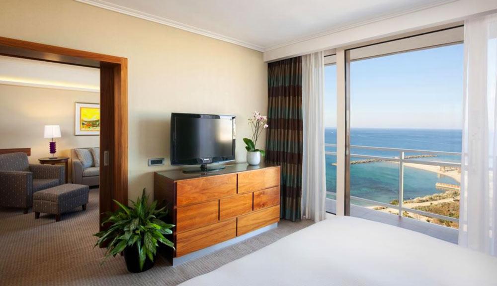 Отели в Тель-Авиве на берегу моря