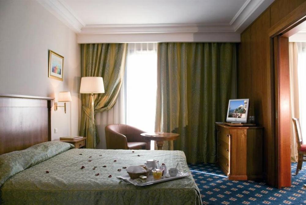 Concorde Hotel Les berges du Lac фото