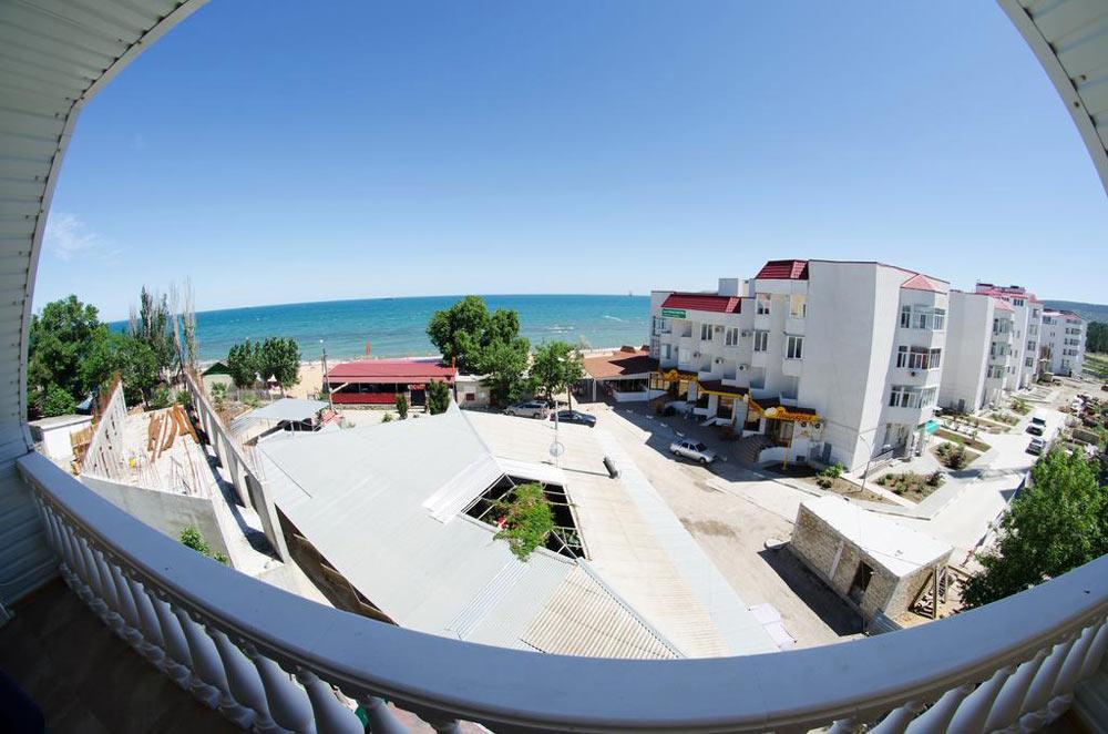 отели Феодосии с собственным пляжем