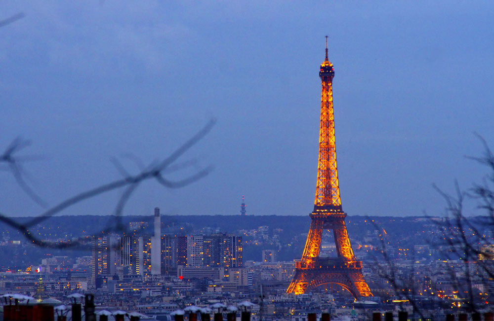Билеты в Париж на самолет дешево