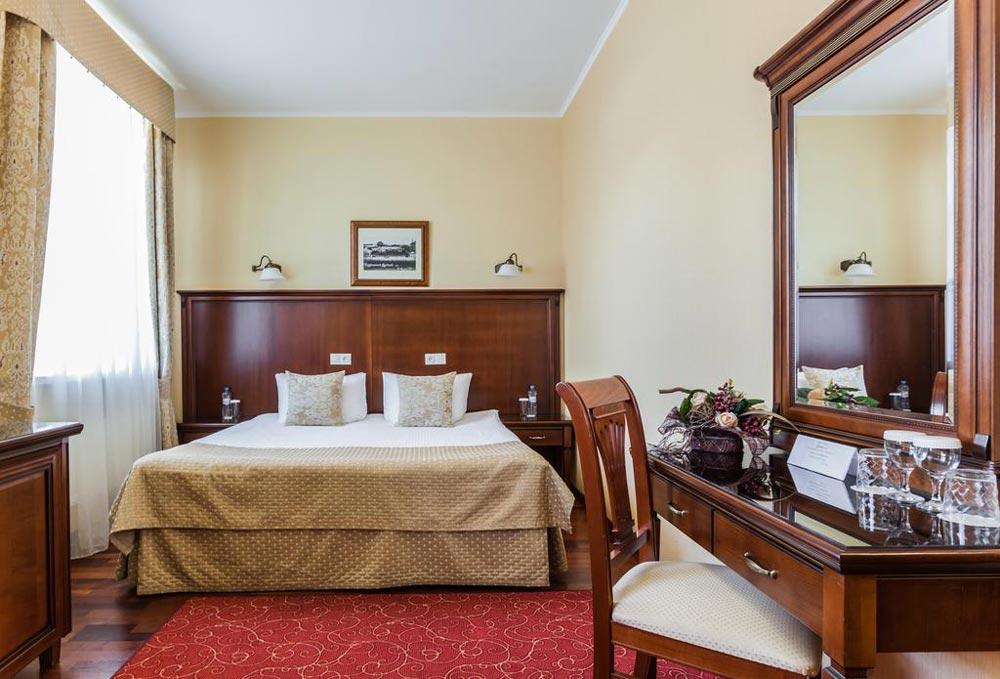 недорогие гостиницы в Санкт-Петербурге