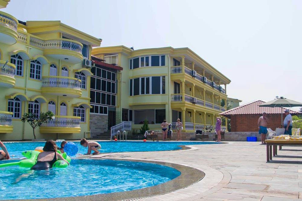 в какой отель лучше поехать в Гоа