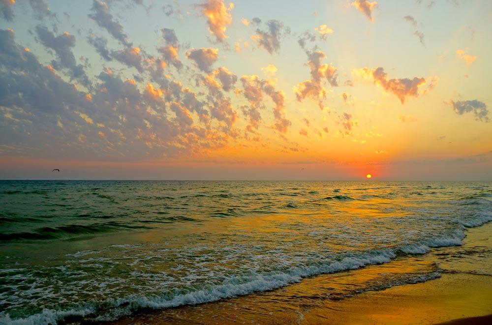 куда поехать отдыхать летом на море