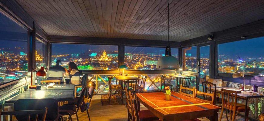 где поесть в тбилиси недорого и вкусно