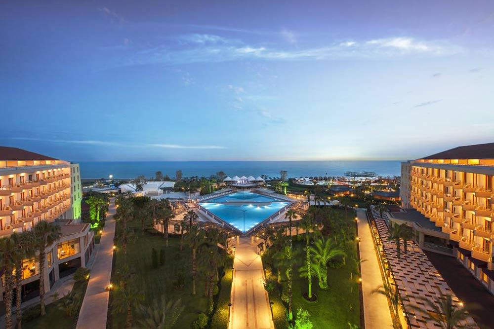 гостиницы у моря в Турции с песчанным пляжем