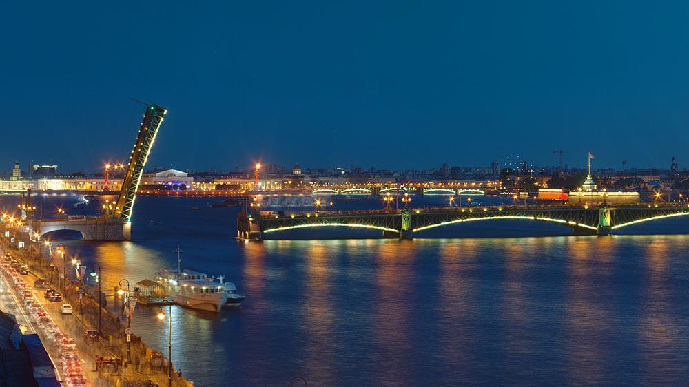Стоимость обзорной экскурсии по Санкт-Петербургу