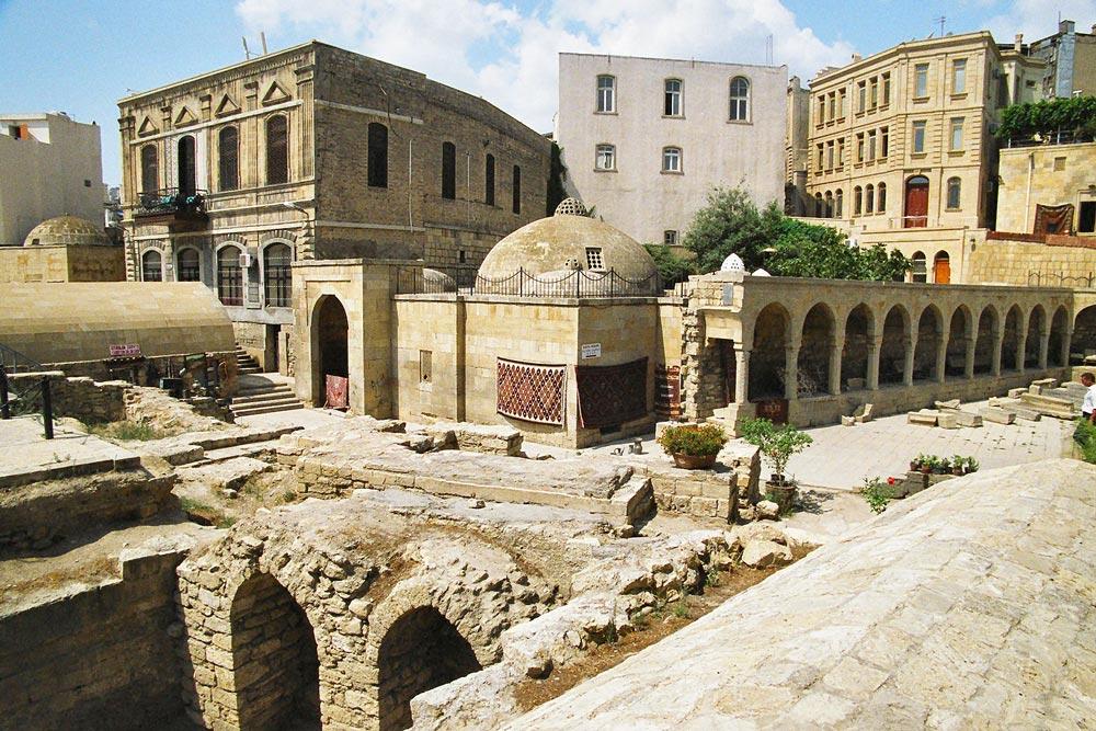 Куда съездить в Баку самостоятельно