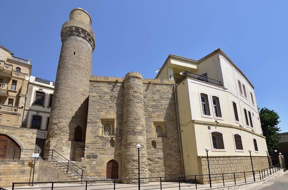 Что обязательно посмотреть в Баку из достопримечательностей