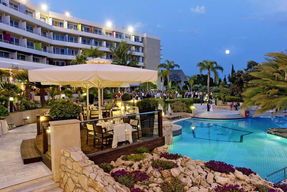 Отели Лимасола с собственным пляжем