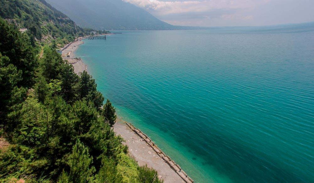 сколько стоит поездка в Абхазию