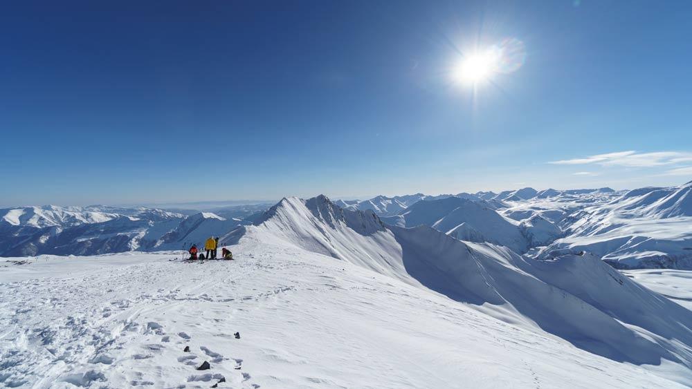 Где покататься в Грузии на лыжах зимой